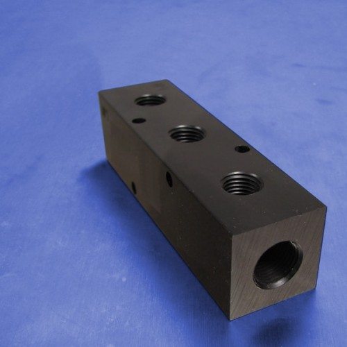 3-Station Pneumatic Manifolds (1.5inch Spacing)