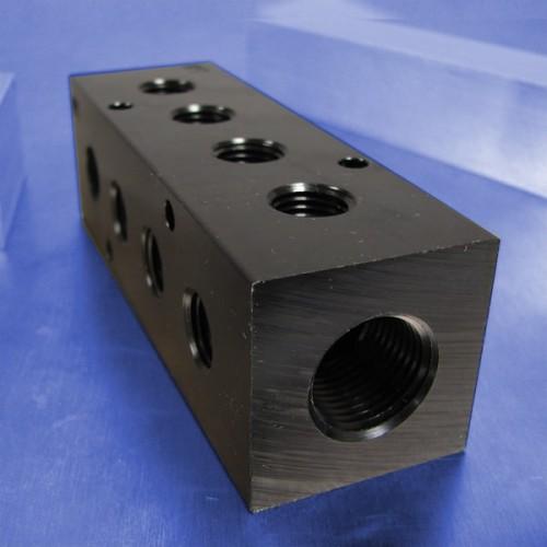 3-Station Pneumatic Manifolds (90 degree Output Ports)