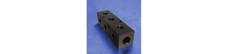 3-Station Pneumatic Manifolds (90 degree Output Ports, 1.5inch Spacing)