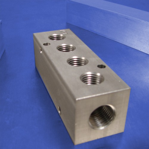 4-Station Stainless Steel Manifolds