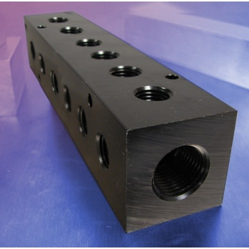 6-Station Pneumatic Manifolds (90 degree Output Ports)