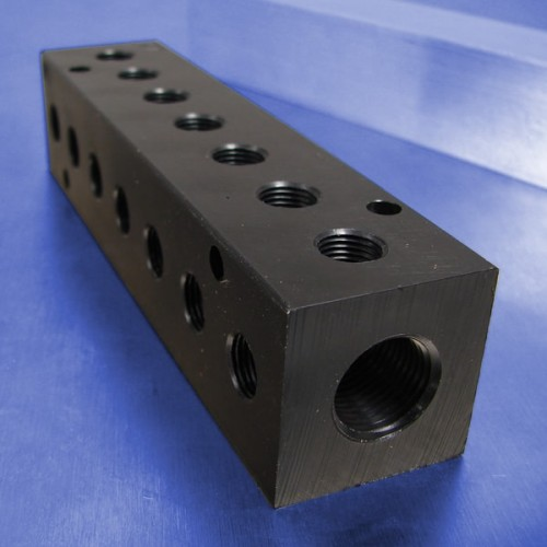 7-Station Pneumatic Manifolds (90 degree Output Ports)