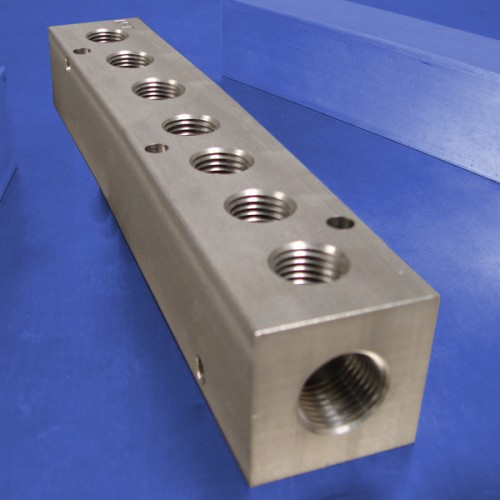 7-Station Stainless Steel Manifolds