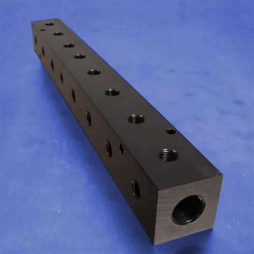 8-Station Pneumatic Manifolds (90 degree Output Ports, 1.5inch Spacing)